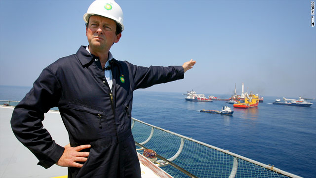 BP CEO Hayward on a boat