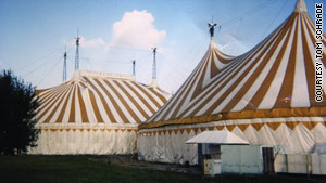 Several tents formerly belonging to Cirque du Soleil are on the way to Haiti to be & Donated circus tents could shelter Haitiu0027s government - CNN.com