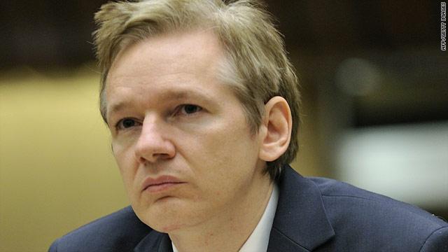 Julian Assange har överlämnat sig till polisen och en domstol i London har häktat honom till den 14 december. Detta är naturligtvis huvudnyheterna i alla ... - t1larg.julian.assange.afp.gi