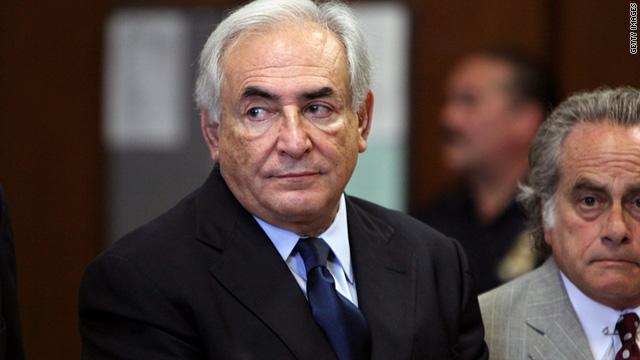 Strauss-Kahn queda en libertad bajo palabra