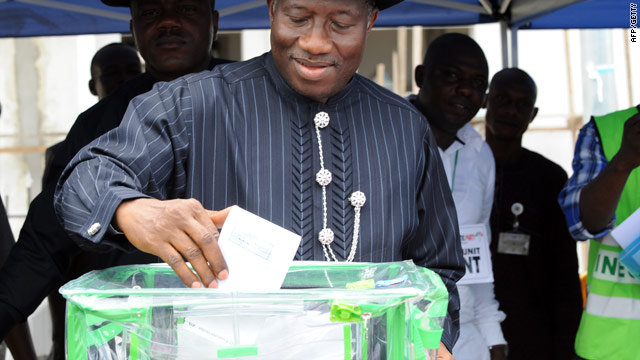 Nigeria holds presidential election
