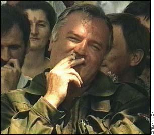 http://edition.cnn.com/WORLD/europe/9812/03/bosnia.general/link.mladic.large.jpg