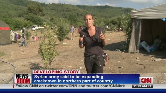 CNN reporter, briefly in Syria, hears 'horror' stories