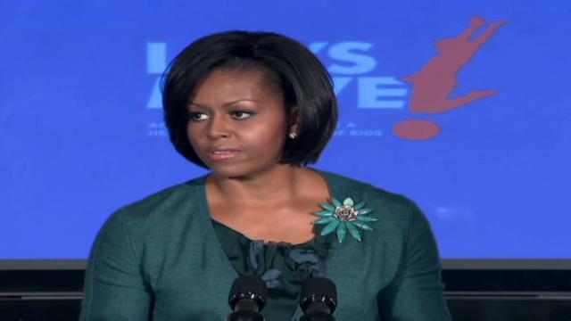Michelle obama bulge