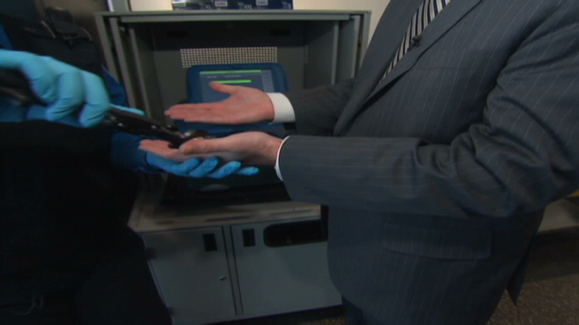 TSA to swab airline passengers' hands in search for explosives - CNN com