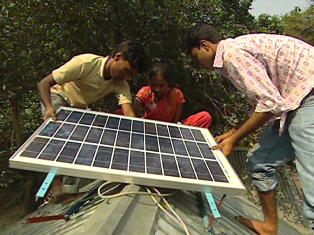 Solar Panels Power Profit In Bangladesh Cnn Com