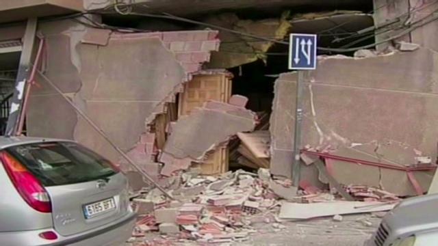 Al menos ocho muertos tras dos sismos en Murcia