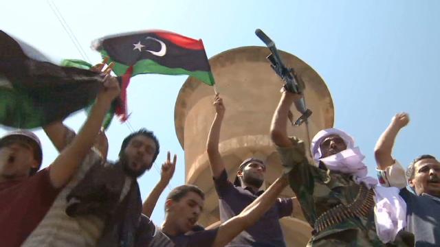 Los rebeldes de Libia dan un ultimátum a los pro-Gadhafi