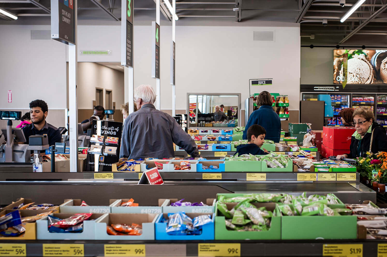 """""""Those lines fly. You're not waiting for people to bag. They're not messing around there,"""" said Allison Robicelli, a frequent Aldi shopper."""