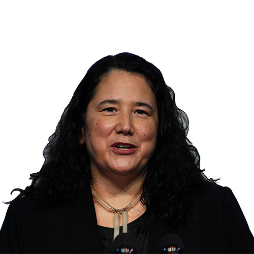 A photo of Isabel Guzman from shoulders up.